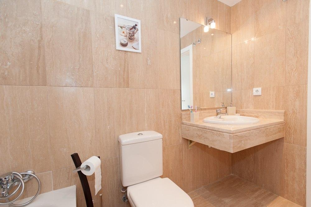 chalet guillena obra nueva baño