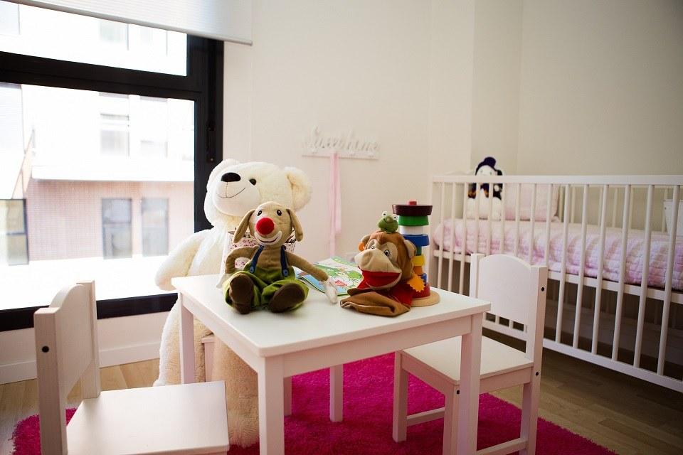 Varias habitaciones con mucha luz natural en los pisos nuevos de Rocafort