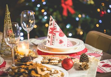 Decora tu casa para navidad y prepara una buena mesa