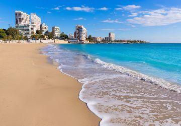 Pisos en venta en San Juan de Alicante, instalaciones de alta calidad con amplias zonas de ocio.