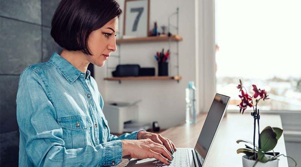 Teletrabajo desde casa: ¿cómo crear un óptimo espacio de trabajo?