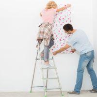 Colocar papel pintado sobre gotelé