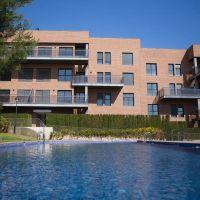 Pisos obra nueva con piscina en Rocafort